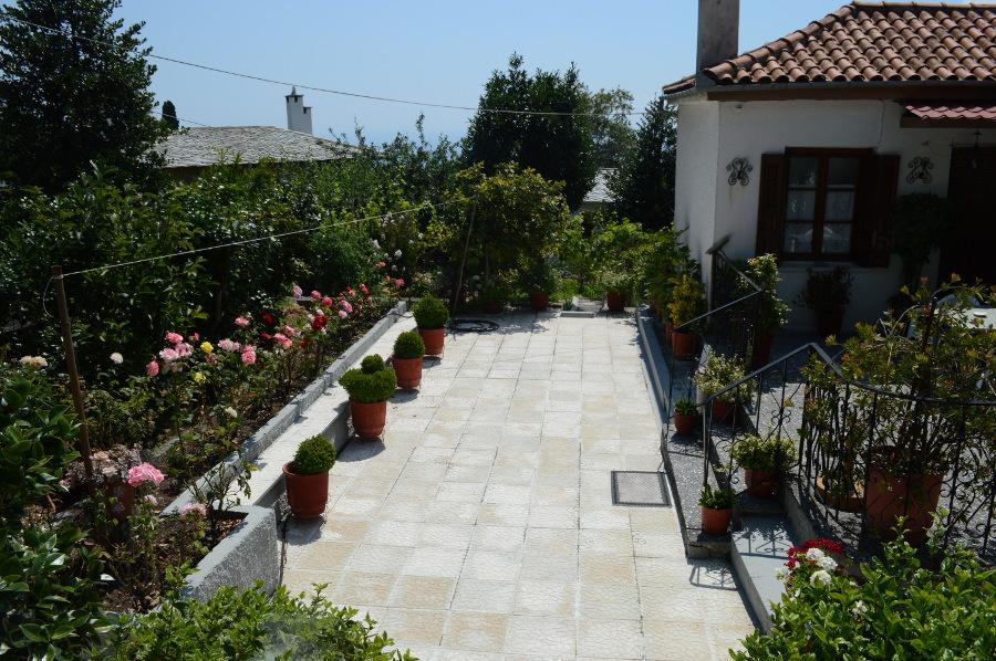 πηλιορείτικος κήπος